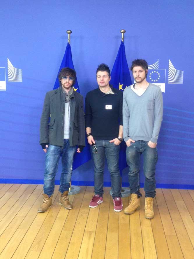 Sonohra Acoustic Trio, Bruxelles