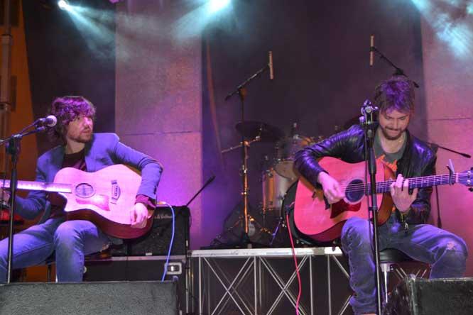 Sonohra Acoustic Trio, Crotone